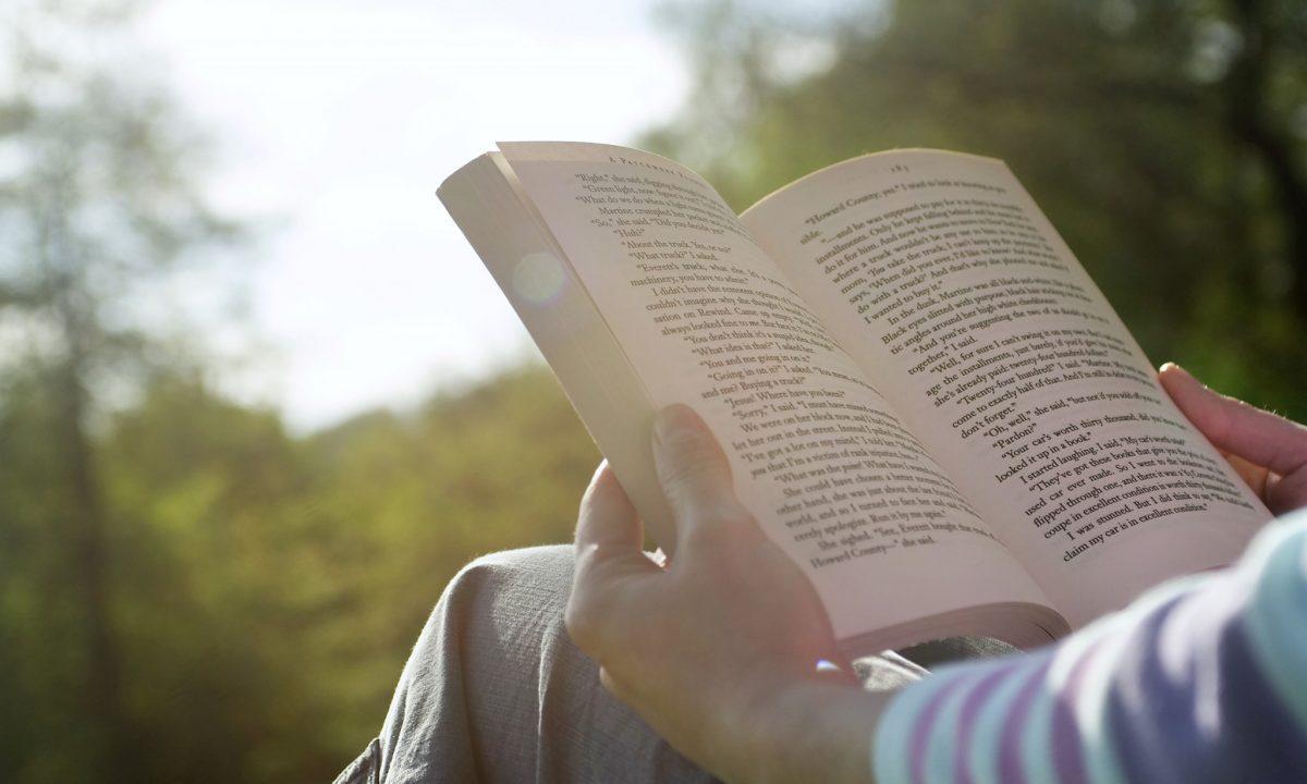 Zo krijg je betaald om boeken te lezen